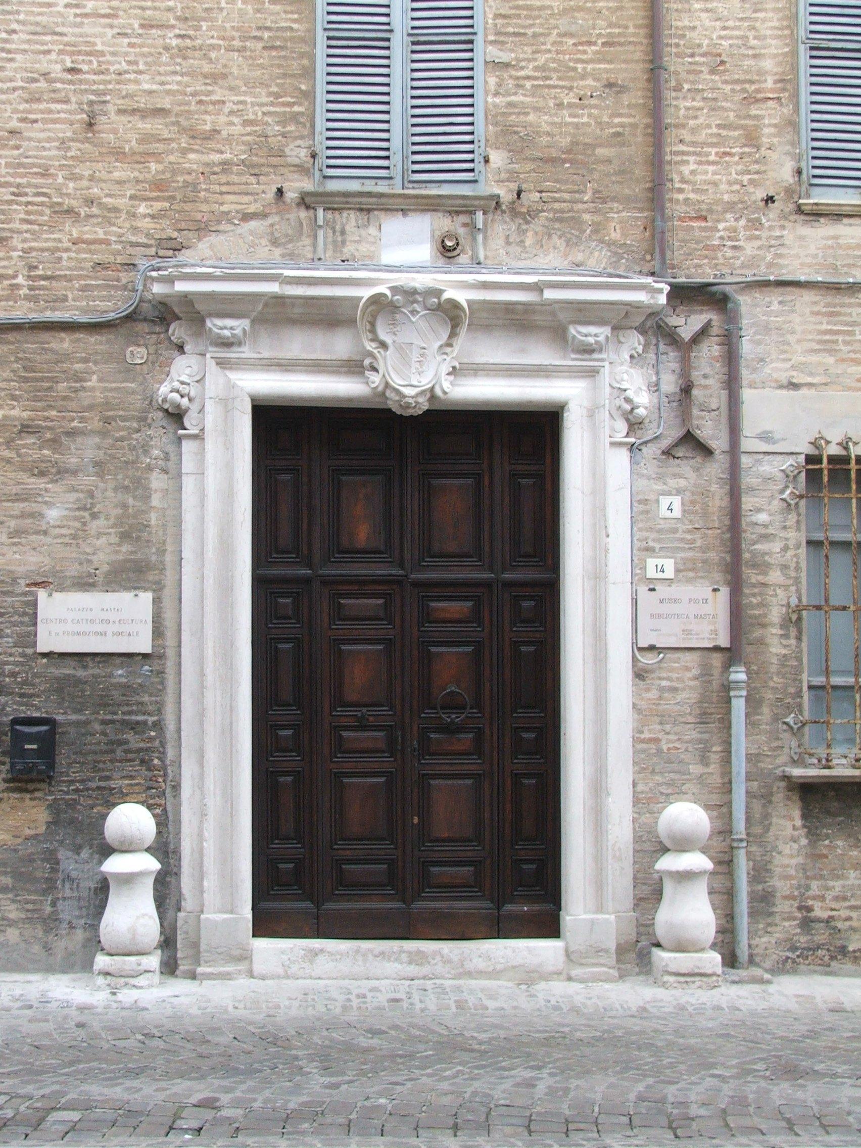Portale Palazzo Mastai Senigallia